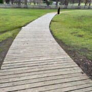 Government Gardens on Visitor Map wooden walkway